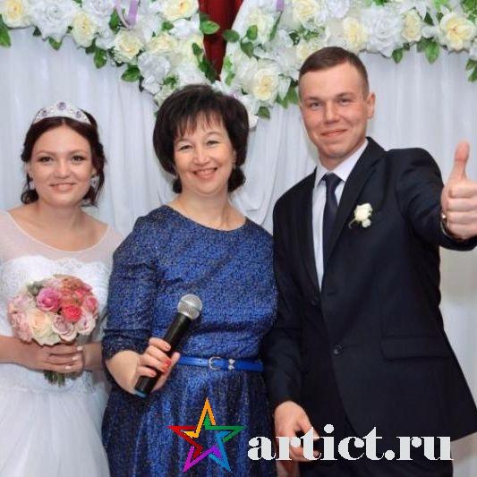 Ведущая, организатор Лариса Власова